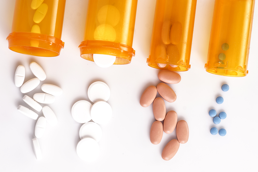 Elderly Care in Santa Cruz CA: Warning Signs of Medication Mismanagement