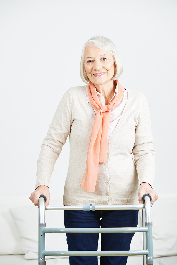 Caregiver in Palo Alto CA: Things to Have on Hand After a Knee Replacement